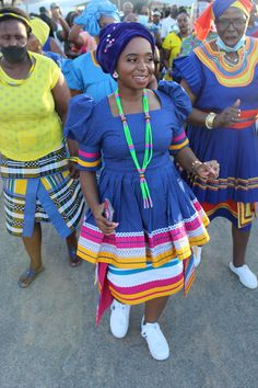 African Print Dresses, African Fashion Dresses, African Attire, African Wear, Pedi Traditional Attire, Curvy Outfits, Fashion Outfits, Traditional African Clothing, Weeding