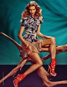 Model: Karlie Kloss | Photographer: Steven Meisel for Dior Spring 2011 Campaign