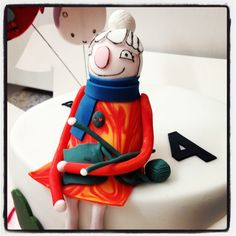 Scarf Lady for Sarah and Duck cake