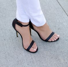 Fashion inspiration / Every girl needs a pair of these heels ||