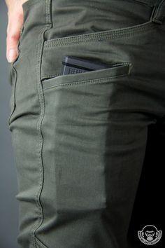 Denim Cargo Pants, Denim Jacket Men, Men Shorts, Men's Denim, Denim Jackets, Khaki Pants, Men Trousers, Man Pants, Mode Jeans