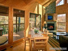 """Gatlinburg cabin rental """"Dreams and Streams"""" - 1 Bedroom, sleeps 4 comfortably"""