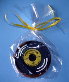 record cookie favor
