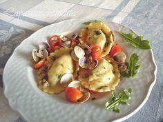 Ravioloni patate e rucola in salsa di vongole | Lapasticceramatta