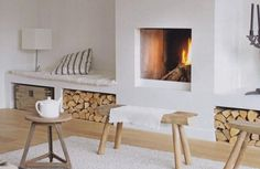 The Mountain Fixer Upper: Designing the Family Room Fireplace Emily Henderson Mountain Fixer Oberes Familienzimmer Kamin Inspiration 5 Family Room Fireplace, Home Fireplace, Fireplace Design, Fireplaces, Fireplace Modern, Fireplace Stone, Fireplace Ideas, Fixer Upper Living Room, Home Living Room