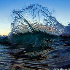 Backwash wave on the North Shore of Oahu, Hawaii
