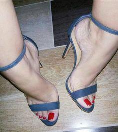 Sexy Sandals, Hot Heels, Strappy Heels, Stilettos, Pumps Heels, Feet Soles, Women's Feet, Open Toe High Heels, Sexy High Heels