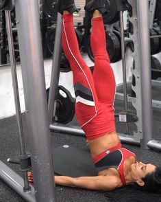 The 30 Best Abs Exercises of All Time.Athletes of all sports person—from baseball and football and hockey—base their physical training on improving. Killer Shoulder Workout, Anita Herbert, Thigh Exercises, Muscle Fitness, Gym Workouts, Killer Leg Workouts, Lower Body Workouts, Academia, Best Weight Loss