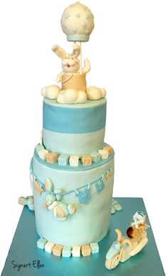 Christening cake boy / dåpskake gutt. Motorbike, bunny, airballoon / motorsykkel, kanin, luftballong - Signert Ellen