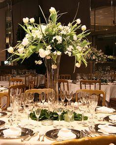 Brilliant Flowers For Wedding Table Centerpieces Flowers For Wedding Reception Centerpieces Pretty White Flowers