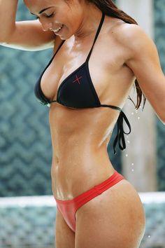 Sexy Girls Pics is loaded with tons of hand-picked photos of naked bikini women . babe with graceful body posing in bikini outdoor ! Sexy Bikini, Black Bikini, Fit Women, Sexy Women, Mädchen In Bikinis, Bikini Swimwear, Bikini Beach, Tumbrl Girls, Belle Lingerie