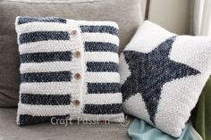 knit stripe cushion and star pillow - a free pattern for your living room
