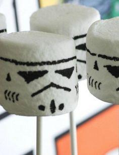 Storm Trooper Marshmallows, Storm Trooper Lollipops, Star Wars Birthday, Star Wars Sweet Treat, Star Wars Party, Storm Trooper Candy