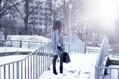 Delila Nevala Fashion blog Winter minimalism, Classic style