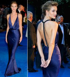 vestido-de-festa-madrinha-azul-burberry-rosie-huntington-whiteley