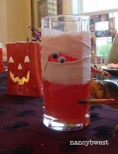 Mummy glasses-i knew this looked familiar! nancy is on pinterest!! Wahoo!