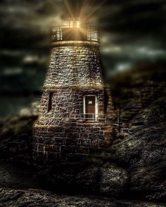 The Castle Hill Light doing what it was built for. City By The Sea, Empire State Building, Newport, Castle, Instagram Posts, Castles