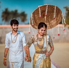 South Indian Wedding Saree, Indian Bridal Sarees, Indian Bridal Outfits, Indian Bridal Fashion, South Indian Bride, Indian Weddings, Tamil Wedding, Nigerian Weddings, African Weddings