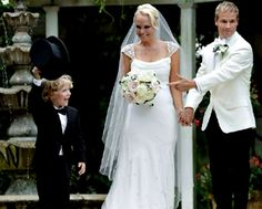 Backstreet Boy Brian Littrell and wife Leighanne renew vows...their son Baylee on the left