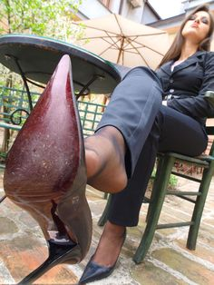 Feet And Nylons: Photo