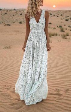 a5b368659f V-Neck Printed Polka Dot Bohemian Maxi Dress. Bohemian Maxi DressesPolka ...