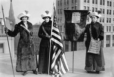 The Suffrage Hike of 1912 from Manhattan to Albany was staged to bring attention to issue of women's suffrage. Women suffrage hikers Jessie Stubbs, General Rosalie Jones, and Colonel Ida Craft. Vintage Photographs, Vintage Photos, Carrie Chapman Catt, Women Suffragette, 19th Amendment, Suffrage Movement, Academy Of Music, Right To Vote, Thing 1