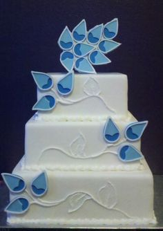 Blue  ✿•♥:*✿  ḉαḱε  ✿*:♥•✿... Personalized Cake serving sets... | http://thevineyard.carlsoncraft.com
