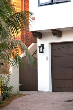 Garage Door exterior light - DLG Lighting