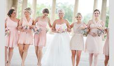 Vestidos para damas-de-honor em tons pastel. #casamento #damasdehonor #madrinhas #vestidos #pastel #nude
