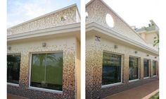 Xeraco, (Valencia) España Garage Doors, Outdoor Decor, Home Decor, Valencia Spain, Decoration Home, Room Decor, Home Interior Design, Carriage Doors, Home Decoration