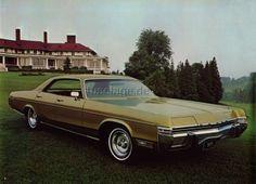 1973 Dodge Monaco 4-Door Hardtop