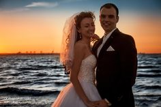 Fotografia Ślubna Dariusz Grużewski Couple Photos, Couples, Wedding Dresses, Fashion, Couple Shots, Bride Dresses, Moda, Bridal Gowns, Fashion Styles