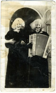 Thelma and Doris Patton, albino twins featured in the Ringling Bros. and Barnum & Bailey Circus.