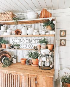 This week was a challenge for us. I've been fighting a stomach bug. 🥴 Thank goodness for MIL's and hubs that can work from home when they… Farmhouse Homes, Farmhouse Design, Rustic Farmhouse, Farmhouse Style, Farmhouse Light Fixtures, Farmhouse Lighting, Happy Taco, Garden Shop, Country Farm