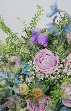 Lilac and blue flower arrangement phone wallpaper - Sweetbell flowers