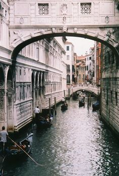 Puente de los suspiros, Venecia. Want to go back.