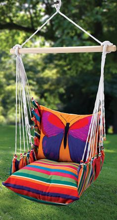 Butterfly Indoor/Outdoor Swing Chair How much fun would a swing like this be?