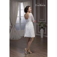 Čipkované svadobné šaty Shade Salons, Formal Dresses, Fashion, Lounges, Moda, Formal Gowns, La Mode, Black Tie Dresses, Fasion