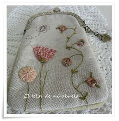 MONEDEROS CON BOQUILLA Mini Purse, Tote Purse, Purse Wallet, Pouch, Frame Purse, Quilted Bag, Fabric Bags, Handmade Bags, Floral Embroidery