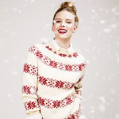 Free knitting pattern for a Christmas jumper knitted in Patons Merino Extrafi...