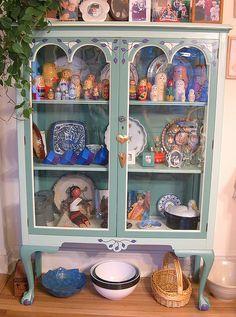 1920s Queen Anne China Cabinet Curio | Furniture | Pinterest ...