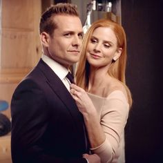 Discover recipes, home ideas, style inspiration and other ideas to try. Serie Suits, Suits Tv Series, Suits Show, Suits Tv Shows, Suits Usa, Mens Suits, Trajes Harvey Specter, Donna Suits, Specter Suits