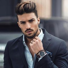 Style de: Mariano Di Vaio Aimez-vous son style Oui ou Non . Laissez votre com . Mens Highlights, Dark Hair With Highlights, Golden Highlights, Mens Hair Colour, Cool Hair Color, Hair Color For Men, Quiff Hairstyles, Trendy Hairstyles, Wedding Hairstyles