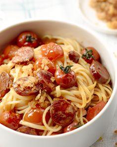 Spaghetti met chorizo en pangritata