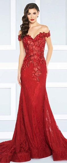 Exquisite Lace Off-the-shoulder Neckline Sheath / Column Prom Dresses With Beaded Lace Appliques
