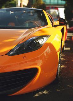 photographicfrank : McLaren MP4-12C Aranha (Via riqueza-de-la-vie )