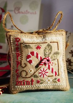 Fallen in love with LHN and CCN patterns: Peppermint Twist Cross Stitch Love, Cross Stitch Finishing, Cross Stitch Needles, Cross Stitch Designs, Cross Stitch Patterns, Loom Patterns, Christmas Sewing, Christmas Embroidery, Christmas Cross
