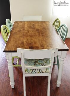 Love this dining room table, beautiful stained top and white distressed bottom.