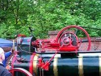 Na de uitvinding van de stoommachine werd de tijd de Industriële Revolutie genoemd, omdat er de industrie op gang kwam en de eerste stoommachine kwam, maar als snel bleek dat de stoommachine te groot, te zwaar en leverde maar weinig kracht. Door de ontdekkingen van elektriciteit en magnetisme is er een opvolger van de nieuwe stoommachine die veel beter werkten, maar doordat de stoommachine hebben wij nu ook goede machines, de stoommachine was een goede uitvinding.