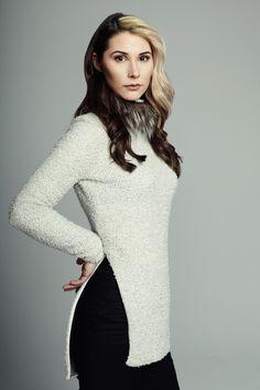 MAISON CYMA - Ma Discrète // Woolen pullover with detachable recycled silver fox neck panel. // #fashion #readytowear #recycledfur #fur #ootd #designer #clothes #clothing #fallfashion